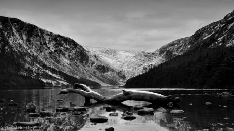 B&W picture of Glendalough Lake in February